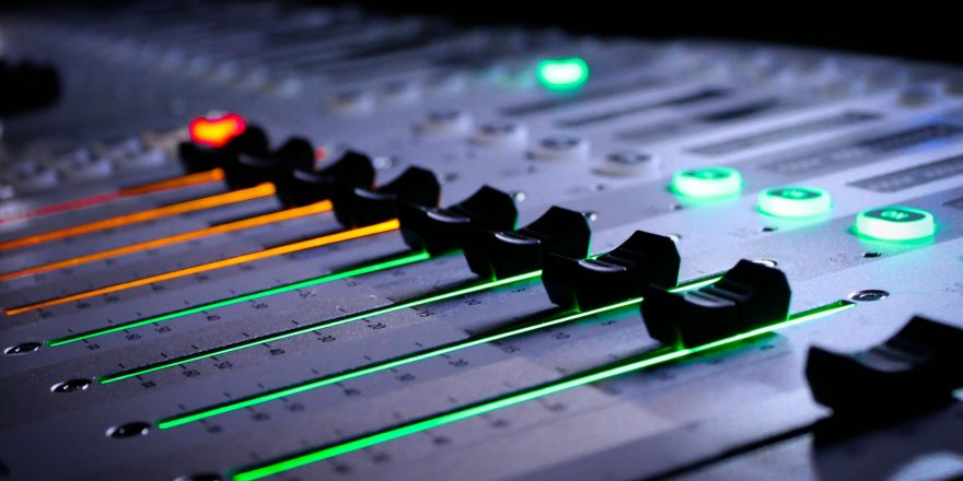 free-hd-recording-studio-mixer-wallpapers-download-mn